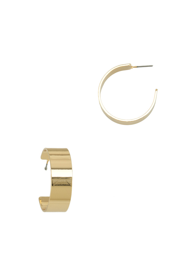 30mm Wide Metal Hoop Stud Earring