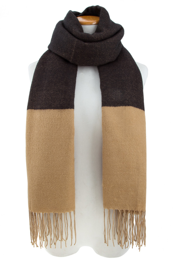 Two toned fringe scarf