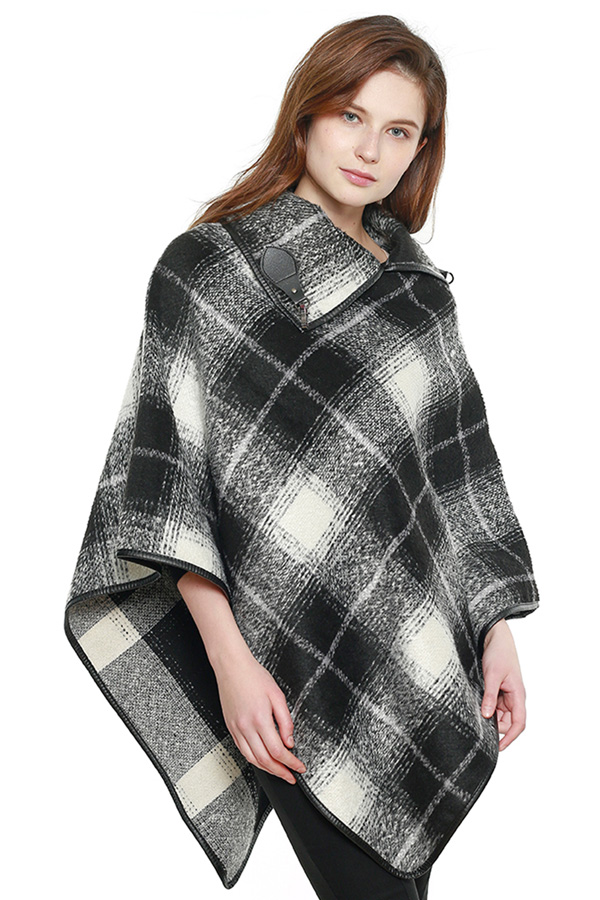 Plaid Check Pattern Poncho with Buckle Collar Accent
