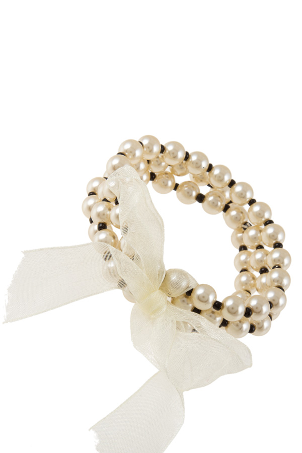 Synthetic pearl stretch bracelet