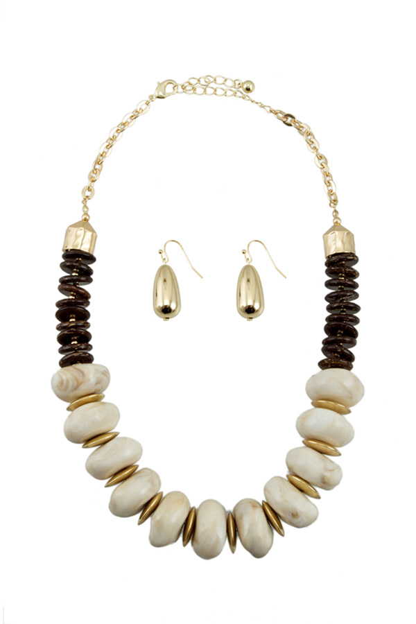 Stone and Wood Beads Linked Necklace