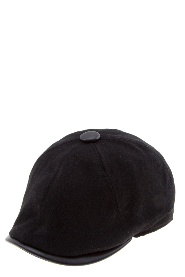 English newsboy hat