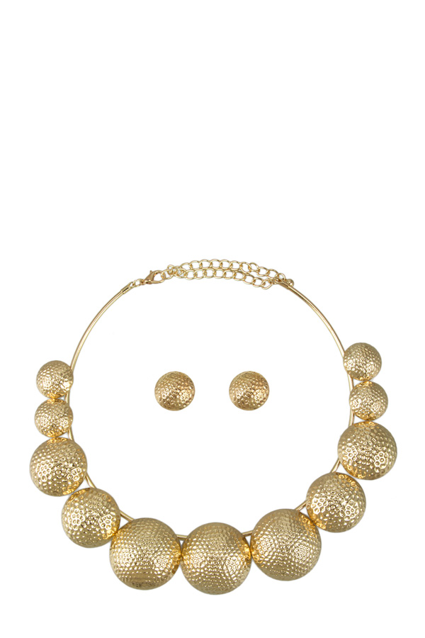 Perforated Circle Necklace