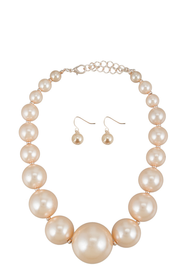 Basic Pearl Ball Necklace