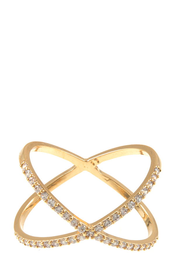 Metal criss cross ring